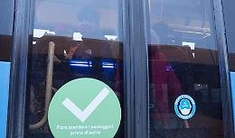 """VIDEO Gli studenti: """"Noi, stipati sui bus"""""""