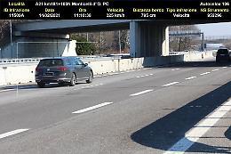 Mina vagante in A21: viaggiava a 225 all'ora