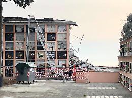 Crolla cimitero: recuperato cadavere a Genova