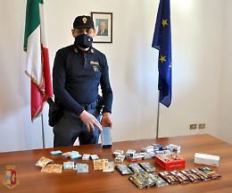 Raid notturno in tabaccheria ed inseguimento, un arresto