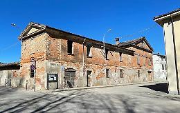 Diciotto appartamenti: rivive l'antica cascina