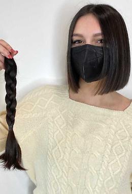 «Dono i capelli a chi lotta contro la malattia»