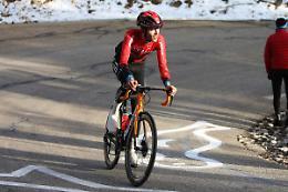 Lo svizzero Mader vince la 6^ tappa, l'ungherese Valter in rosa