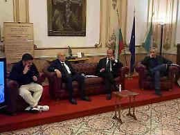 """L'Istituto di Cultura Meridionale ricorda Maradona """"Un napoletano"""""""