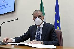 "Covid, Costa ""Così immunità di gregge già a settembre"""