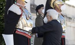 """2 Giugno, Mattarella """"Grati a chi ha difeso la Repubblica"""""""