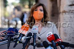 """Giustizia: Casellati """"Basta barbarie giustizialista, sgomenta per Csm"""""""