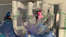 Policlinico di Bari, il robot arriva in sala operatoria a Ginecologia
