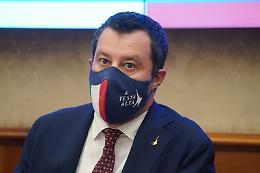 """Covid, Salvini """"Chiesto a Draghi stop obbligo mascherine all'aperto"""""""