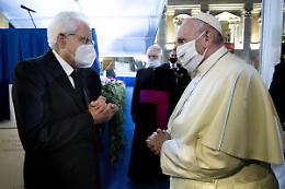 """Mattarella """"Per il Papa affettuoso pensiero da tutti gli italiani"""""""