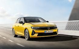 Opel presenta la nuova Astra, per la prima volta ibrida plug-in