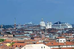 Dall'1 agosto stop alle grandi navi a Venezia
