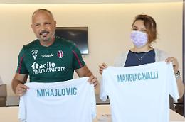 Nasce la Nazionale di calcio degli infermieri, Mihajlovic sara' il CT