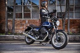 Moto Guzzi V7 e' la moto piu' venduta in Italia tra le over 700 cc