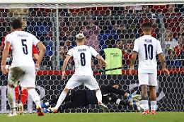 Jorginho sbaglia rigore, Svizzera-Italia 0-0
