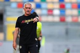 """Mourinho """"Roma in crescita, ma diversa dalle altre big"""""""