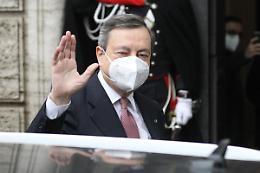"""Draghi """"L'economia migliora, il Governo non tasserà la prima casa"""""""