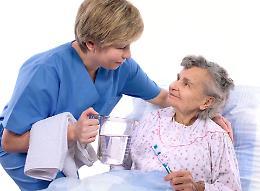 Benefattori, visite gratuite agli anziani soli e in difficoltà