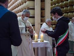 """Il vescovo Napolioni: """"Il lavoro senza dignità, non è lavoro"""""""