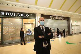 """I centri commerciali: """"Chiudiamo per chiedere di riaprire"""""""