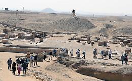 Scoperte in Egitto 250 tombe di 4.200 anni fa