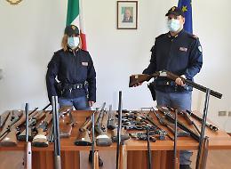 Arsenali illegali in casa: ritirate 50 armi da inizio anno