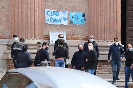 Tanta commozione al funerale di Daniele Tanzi