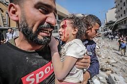 Gaza: sale bilancio della notte, 26 morti tra cui 8 bambini