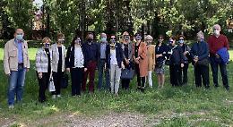 Nuovi arbusti e siepi al Parco Tognazzi
