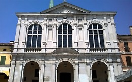 """Il parroco risponde al sindaco: """"La chiesa appartiene alla parrocchia"""""""