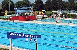 """Caso piscina, le società sportive: """"Disposti a gestire l'impianto"""""""