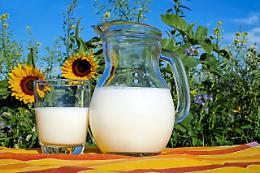 Con il latte un brindisi alla salute! I videomessaggi di 'Tatanka' Hubner, sindaci e allevatori