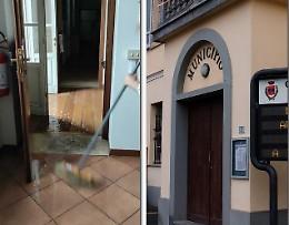 Il municipio fa acqua: «Colpa della tromba d'aria»