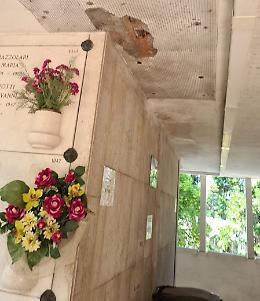"""Il cimitero nella morsa del degrado: """"Situazione inaccettabile"""""""