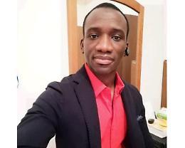La storia di Bubacarr, 29enne giornalista in fuga dal Gambia