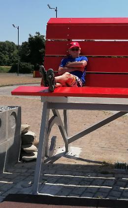 Da Monaco in bici in onore della maxi panchina