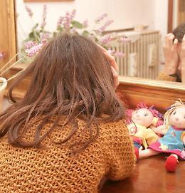 Autolesionismo tra adolescenti, aumento di casi di minori sotto tutela