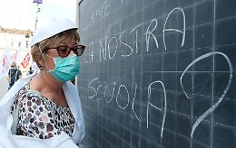Missione vaccini per un ritorno sui banchi in sicurezza