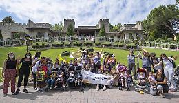 Gardaland, una giornata speciale per i ragazzi di Fondazione Arché