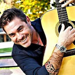 Paolo Sbrosi Acoustic Live