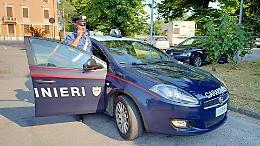 Aggredì una guardia e rubò una bici: romena ai domiciliari