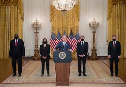 Afghanistan, Biden pronto a chiedere aiuto compagnie aeree
