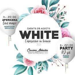 """Apericena in """"WHITE"""" con Dj"""