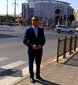 In Marocco per il figlio ma non riesce a vederlo