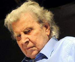 Morto a 96 anni il compositore greco Mikis Theodorakis, l'uomo del sirtaki