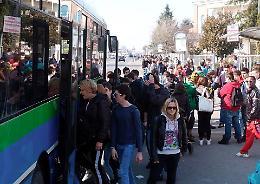 Il viaggio per scuola in pullman da Spino d'Adda a Crema: «Una Odissea»