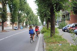 Ciclabili in città, lavori in via Giuseppina: ospedale più vicino