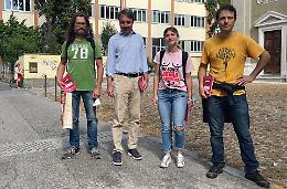 Aborto, campagna dei Radicali tra gli studenti