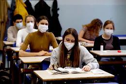 Gli studenti contagiati sono solo 20: in aula sicurezza garantita