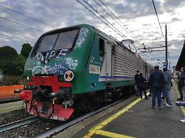 In attesa del treno a Crema, ragazza di 19 anni colpita alla testa: è grave